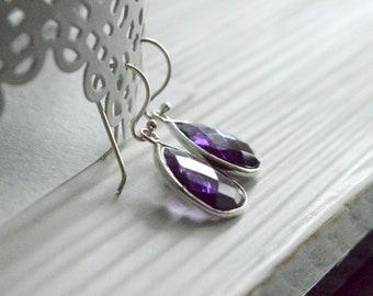 Sterling Silver Amethyst Earrings / Amethyst Earrings / Silver Drop Earrings / Dangle Amethyst Earrings / Purple Earrings