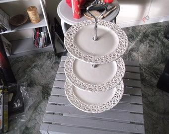 China Cake Stand 3 tier in perfrated Designed