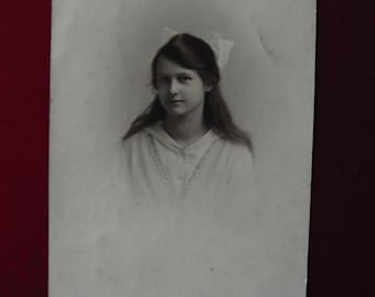Postcard of young woman. Undated (Phyllis)