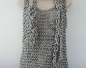 Gray openwork knit tank top and scarf