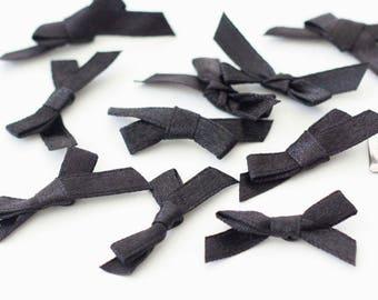 30 black satin bows 35mm