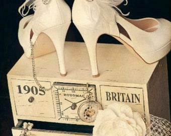 Shoe Clips White, Ivory, Teal, Black Feather & Rhinestone. Engagement Bride Bridal Bridesmaid, Statement Boudoir Burlesque, Lush Crystal Pin