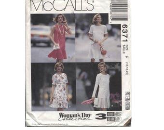 Flounce Hem Dress Pattern - Size 16 18 20 - Vintage McCalls 6371