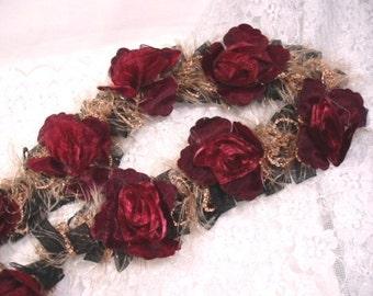 E5665 Burgundy Rose Floral Stretchy Sewing Trim (E5665-brg)