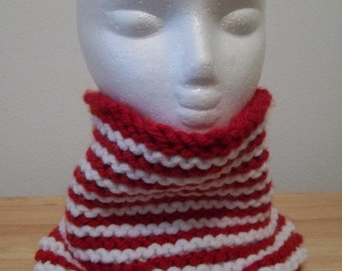 Neckwarmer - Hand Knitted Neckwarmer in Red and White Bulky Yarn