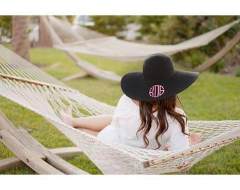 Monogrammed Floppy Hat, Beach Hat, Monogrammed Floppy Hat, Monogrammed Gifts, Bridesmaid gifts, Sun hat