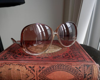 1970s 1980s Large Round Frame Bausch & Lomb Sunglasses