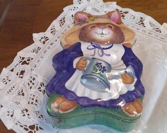 Vintage Bonnet Bunny Tin, bunny shaped tin, Easter tin, candy tin, Easter bunny, Easter Rabbit, Raised design, Easter decor, Spring decor
