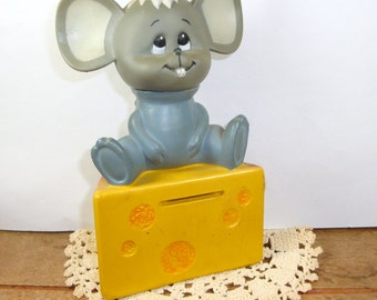 Vintage Mouse Coin Bank, Piggy Bank, Money and Coin Saver, Wedge of Cheese, Kitschy, Dakin And Company  (20-14)