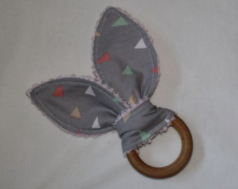 Gray and Pastel Triangles Rabbit Ears Wooden Teething Ring - SALE