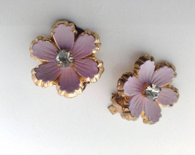 Vintage Pastel Pink Diamante & Gold Tone Flower Clip On Earrings