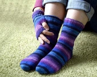 Purple wool socks, hand knit socks for women, winter socks, thin socks, reinforced heel, striped socks