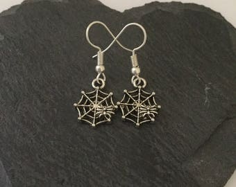 Halloween spiderweb earrings / spider jewellery / spiderweb jewellery / Halloween earrings / Halloween jewellery / Halloween gift