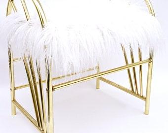 70's Glam Chic Hollywood Regency Gold Metal & White Faux Fur Vanity Bench || Vintage Boudoir Stool