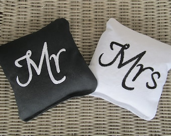 Wedding Mr and Mrs Cornhole Game Bags - Mr & Mrs - Set of 8 Shown in Black and White