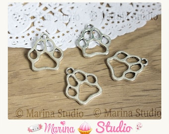 10 beautiful 16.0 mm x 19.0 mm antique silver dog charms