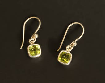 925 silver peridot hook earrings