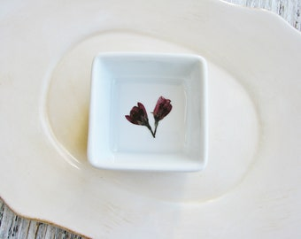 Nature Dish, Ring Dish, Pressed Flowers Jewelry Dish, Ring Holder, Ring Tray, Ring Storage, Flower Bowl, Nature Gift