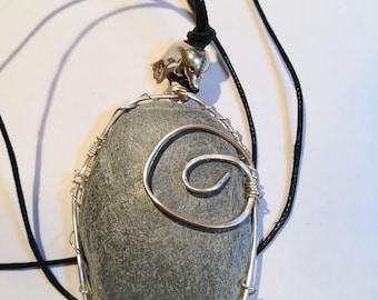 Handcrafted Wire Wrapped Slapton Sands Devon Grey Slate Pendant with dolphin-1,Nature,Yoga Jewelery,Boho,Unisex,UK,Beachstone,CelticJewelery