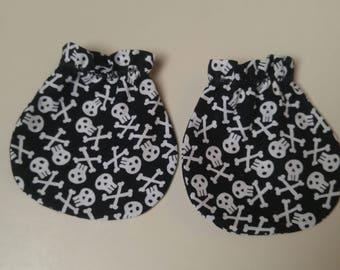 Fun Skull and Crossbones Baby Mitts