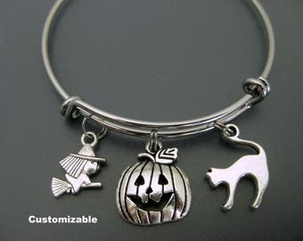 Halloween Bracelet / Witch Bracelet / Halloween Bangle / Cat Bracelet / Pumpkin Bangle / Charm Bracelet / Adjustable and Expandable