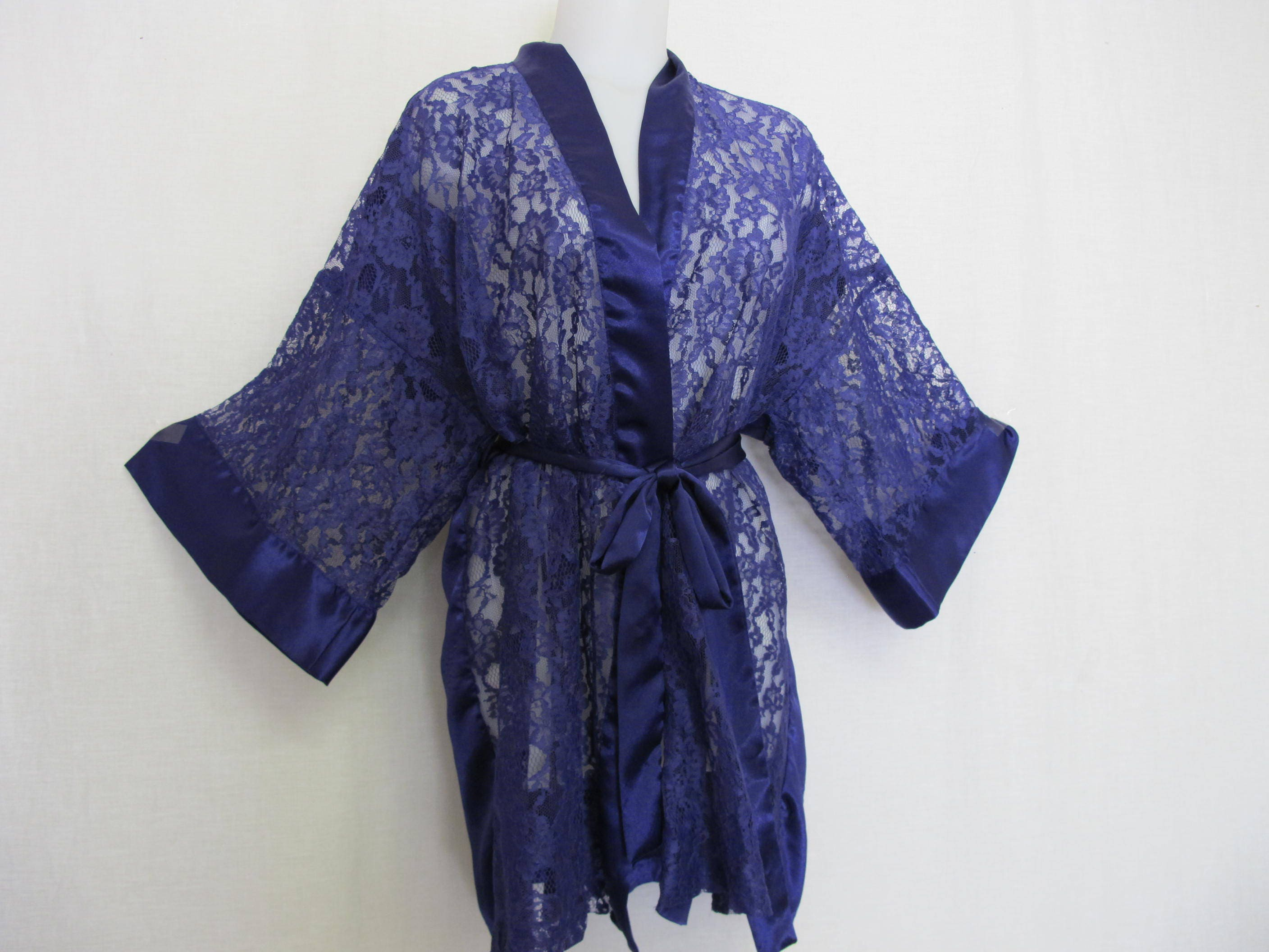 Victoria\'s Secret Robe Dressing Gown Lace Robe Satin Robe