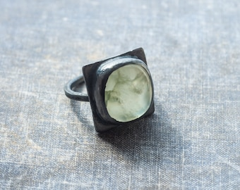 prehnite ring, sterling silver, square ring, statement ring, oxidized silver, large silver ring, gemstone ring, green ring