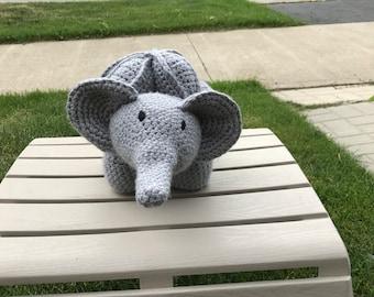 Elephant amish puzzle ball