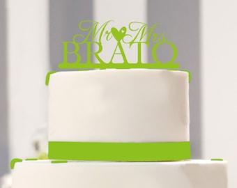 Cake Topper Mr. (heart) Mrs. for the Wedding cake