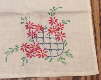 Vintage Embroidered Cloth Napkins , Red and Blue Hand Embroidered Napkins