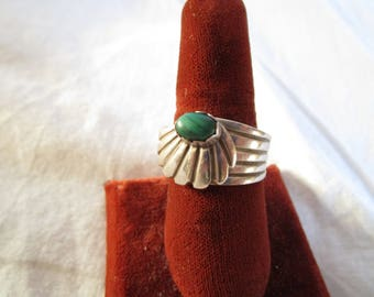 Vintage Native American Sterling Silver and Malachite Artist Signed Statement Ring