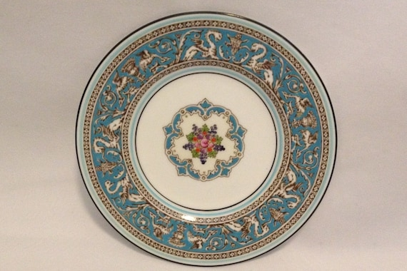 "FREE SHIPPING-Fabulous-Vintage-Wedgwood-Bone China-Florentine-Turquoise-Dragon-Made In England-6""-W2714-Bread And Butter Plate"
