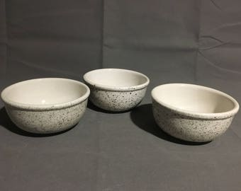 Vintage Set of 3 Stoneware Bowls Green Spatterware