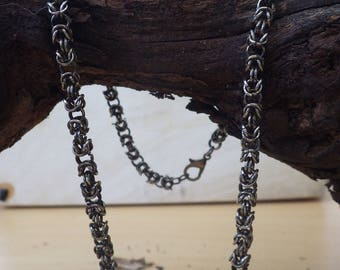 Byzantine chain of wire rings