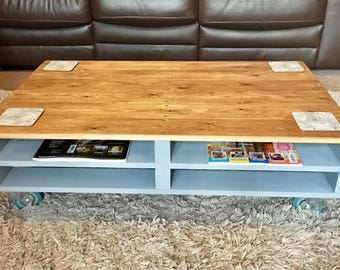 Pallet style coffee table, rustic, industrial, chalk paint, wheels
