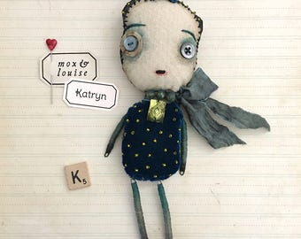 OOAK Art Doll : handcrafted doll from fabric and wire. Katryn is a cute whimsical doll, a quirky collectible sculpture with lots of charm