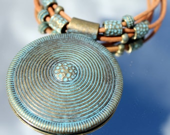 leather necklace with bronze plated pemdante