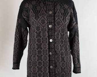Vintage Knit// Cardigan // Fair Isle //Silver Buttons // Wool