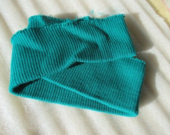 bottom of rib knit sweatshirt