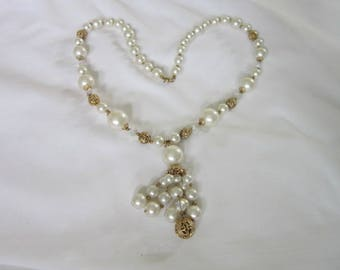 High Fashion Costume Faux Pearl Crystal & Filigree Gold Wild Necklace