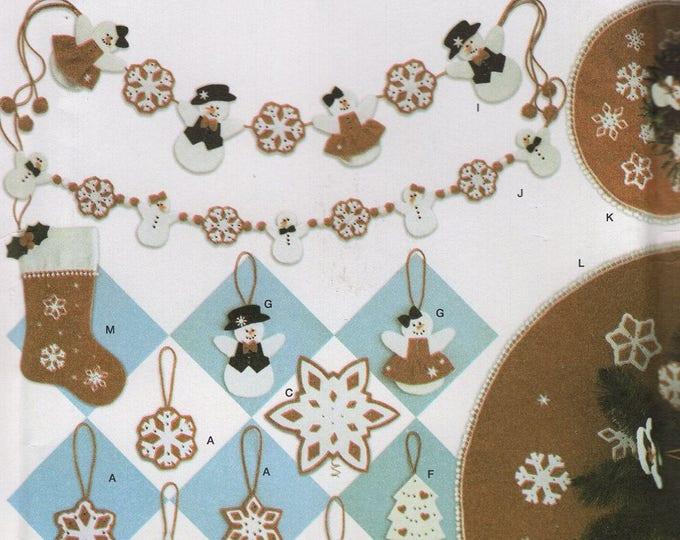 Simplicity 4385 Free Us Ship Craft Sewing Pattern Christmas  Snowman Woman Garland Ornaments Snowflake Church Uncut New Holiday Decorating