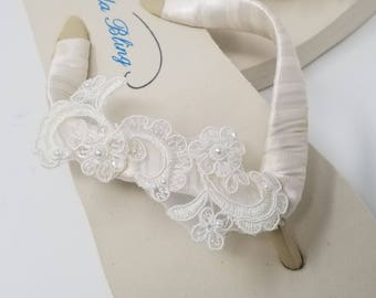 Ivory Flip Flops or White Flip Flops with Lace Bridal Flip Flops Beach Wedding Sandals Ivory Bridal Sandals Ivory