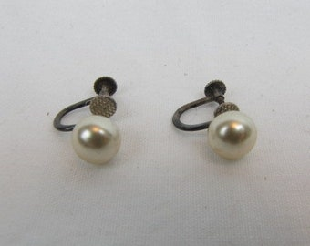 Vintage Sterling Silver and Faux Pearl Earrings / Mid Century / Champagne Tone Pearl / Screw Backs / Wedding / Simple / Stamped Sterling