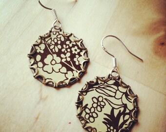 CAPPUCINO Tea Tin Floral Earrings