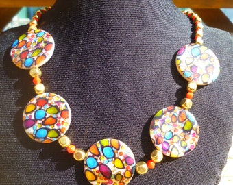 Multicolored shells necklace