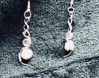 Silver Swirly Bead Dangle Earring