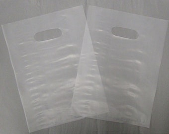 50 Pack Frosted Die Cut Handle Bags (9 x 12 in.) // STOCK UP//