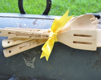 Set of 5 Personalized  Wooden Bamboo Cooking Utensils Serving Spoon Salad Spoon Set for the Couple, Housewarming Gift, Bridal Shower