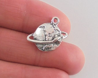 8 Globe and Airplane charms, 20x18mm, antique silver finish