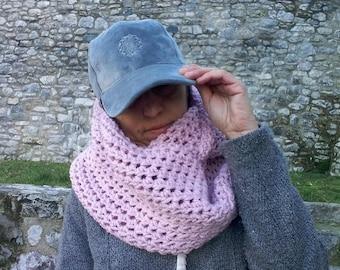 Chunky scarf Infinity scarf Dusty pink scarf Cozy scarf Crochet scarf Bulky scarf Loop scarf